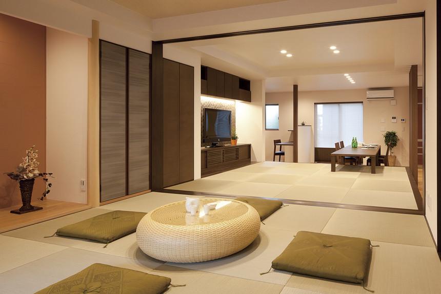 結婚を寿ぐ、新居の完成、喜びに包まれて2世帯がプライバシーを守りながら暮らせる家